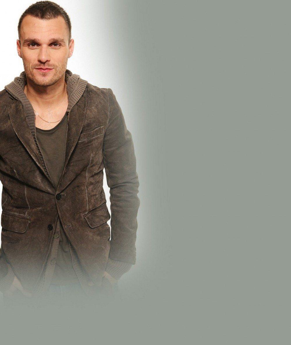 Leoš Mareš po dlouhé pauze v televizi v obleku za 32 tisíc: Dostal kšeft na Andělech z protekce?