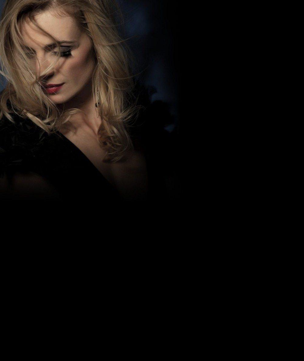 Ivana Jirešová si prožila muka: Připravila jí je tahle blondýna v černém korzetu