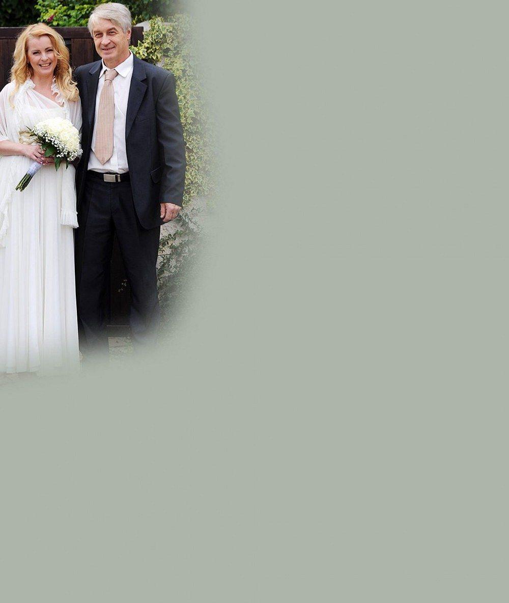 Bartošová s manželem se chtějí zbavit nálepky kašparů. Mají plán, jak se změnit!
