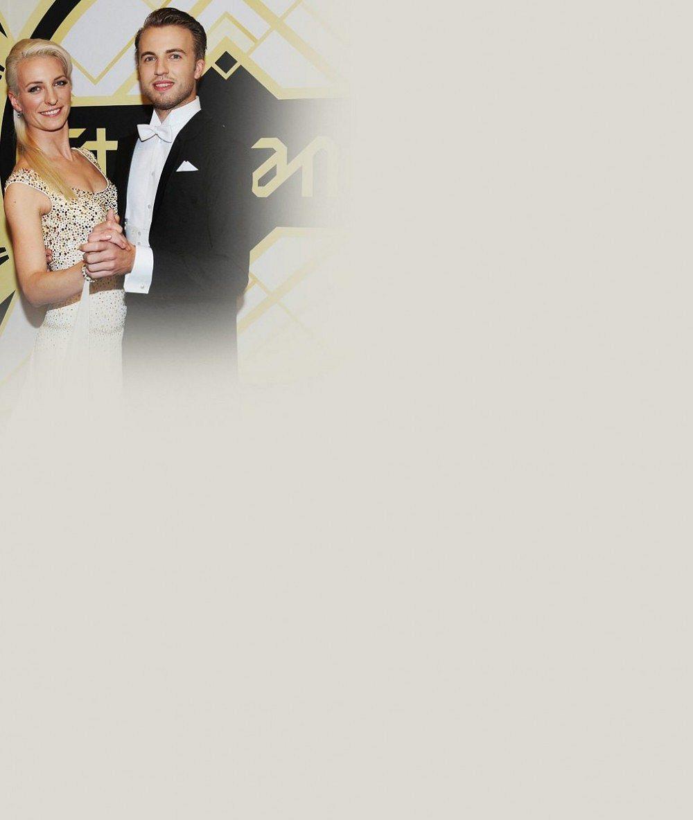 Ale tohle není Michal Kurtiš! Anna Polívková zářila ve svatebních šatech po boku úplně jiného tanečníka