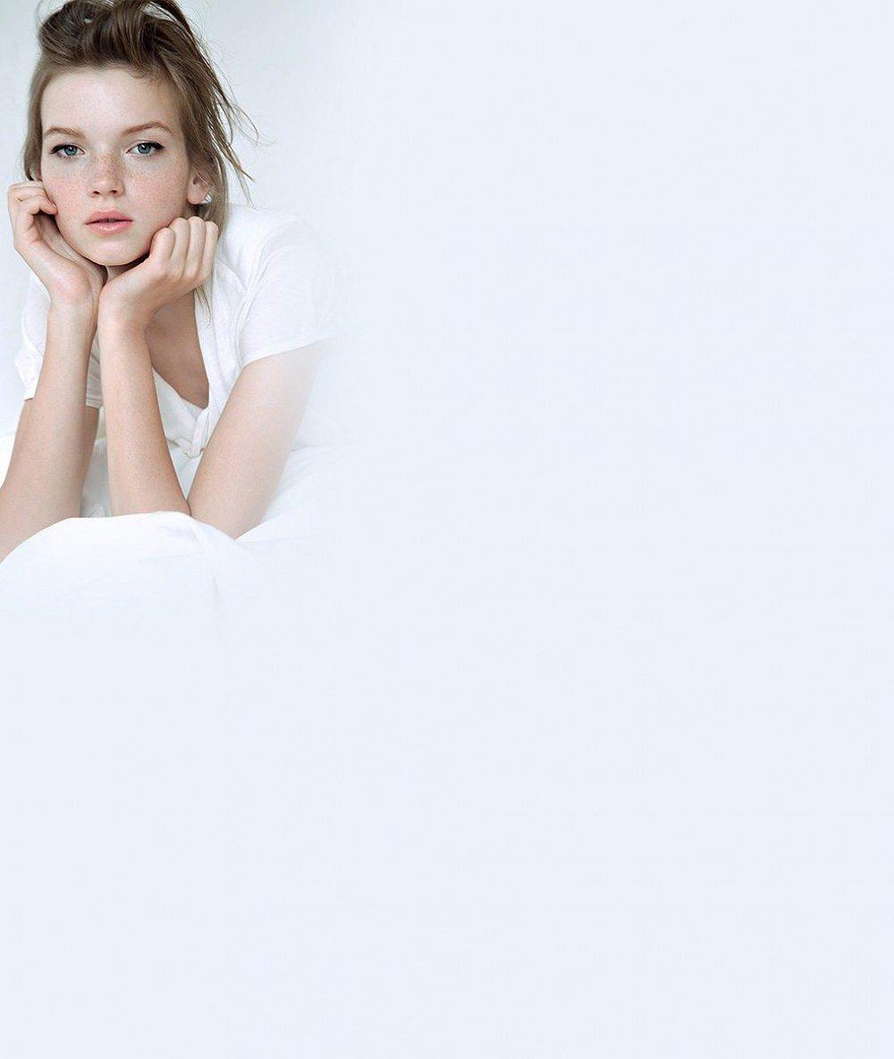 Tahle dlouhonohá šestnáctka je nejlepší začínající modelkou světa. Krásná Češka vydělala rovnou čtyři mega