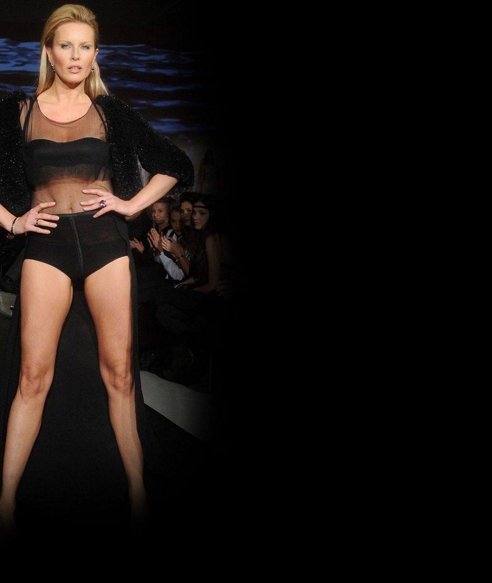 Takhle ji stvořil bůh: Simona Krainová se ukázala bez make-upu i oblečení