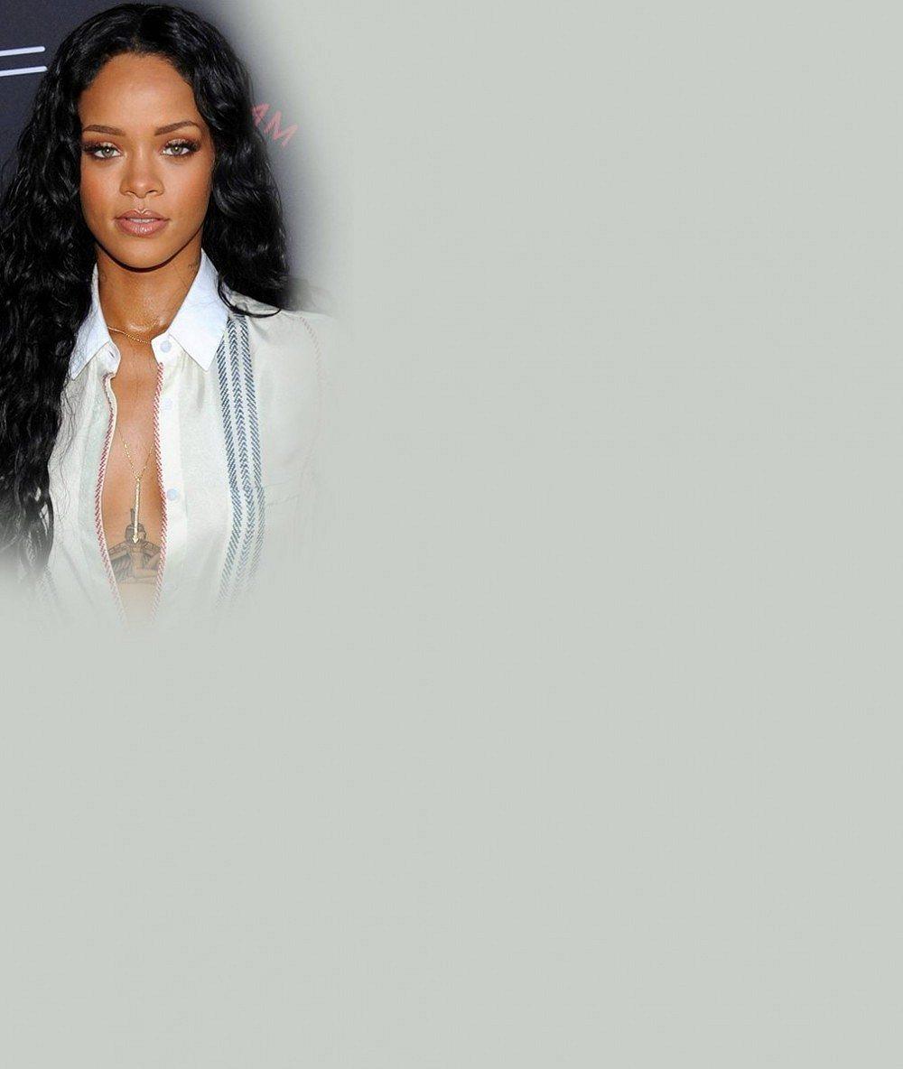 Rihanna a její milenec Drake způsobili ve Francii chaos. Za zraněnými fanoušky přijela sanitka