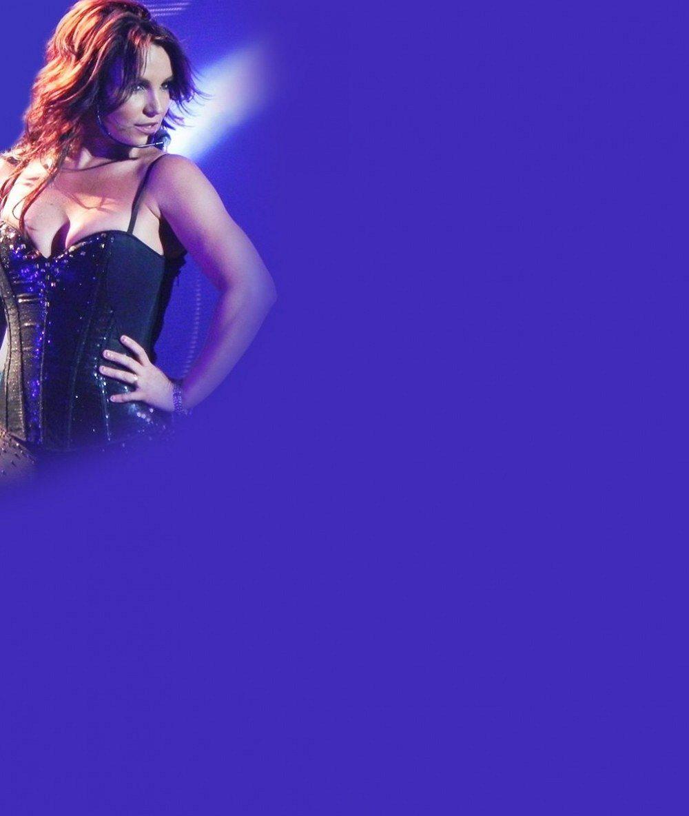 Britney Spears opět tloustne. Přítel ji přecpává rychlým občerstvením