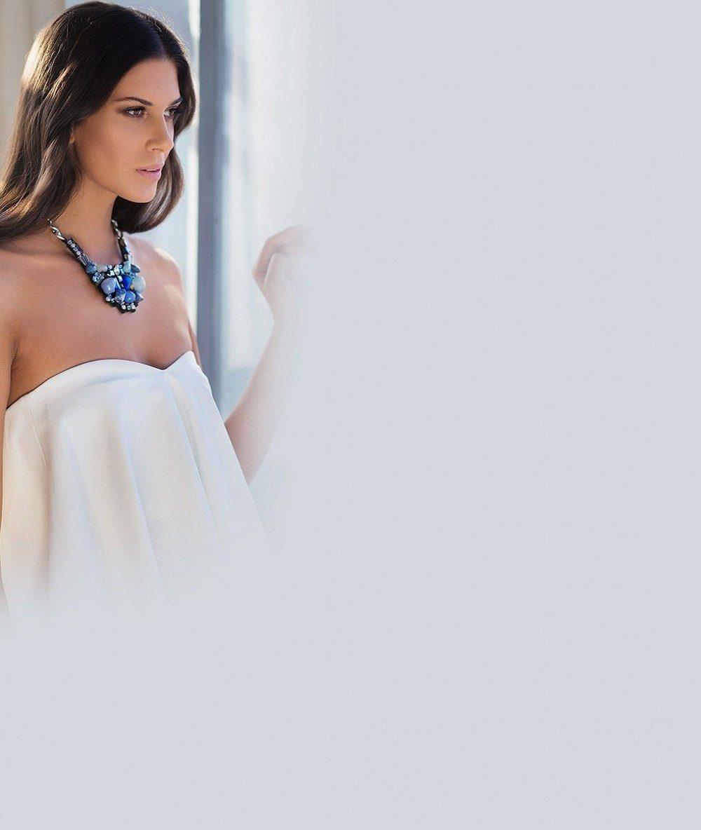 Jiné modelky předvedly odhalená ňadra, ona staronového přítele: Takhle to seklo Vignerové na módní show