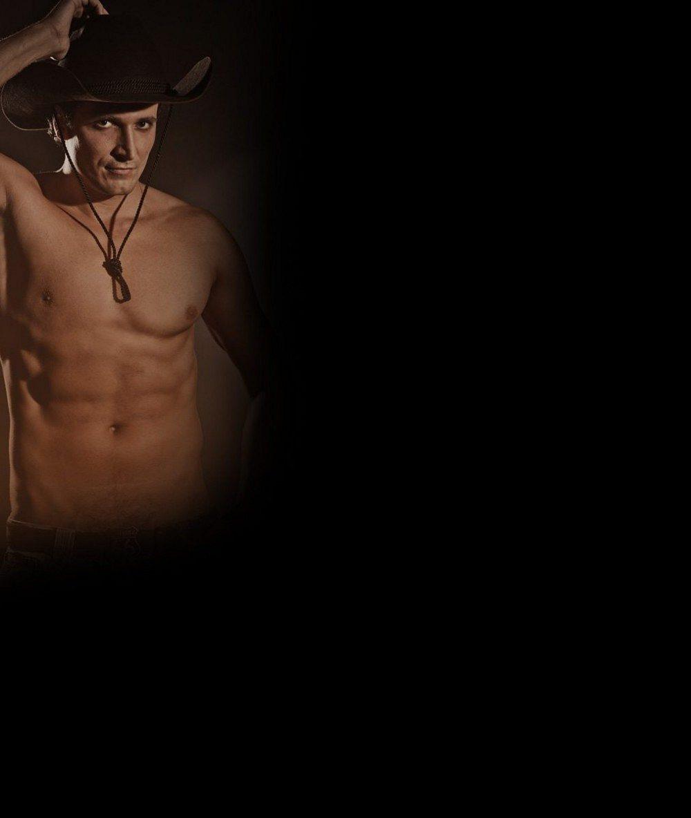 Český Fantom opery je naším nejvyšším zpěvákem: V konfekci na sebe nesežene oblečení. Proč nechodí nahý?