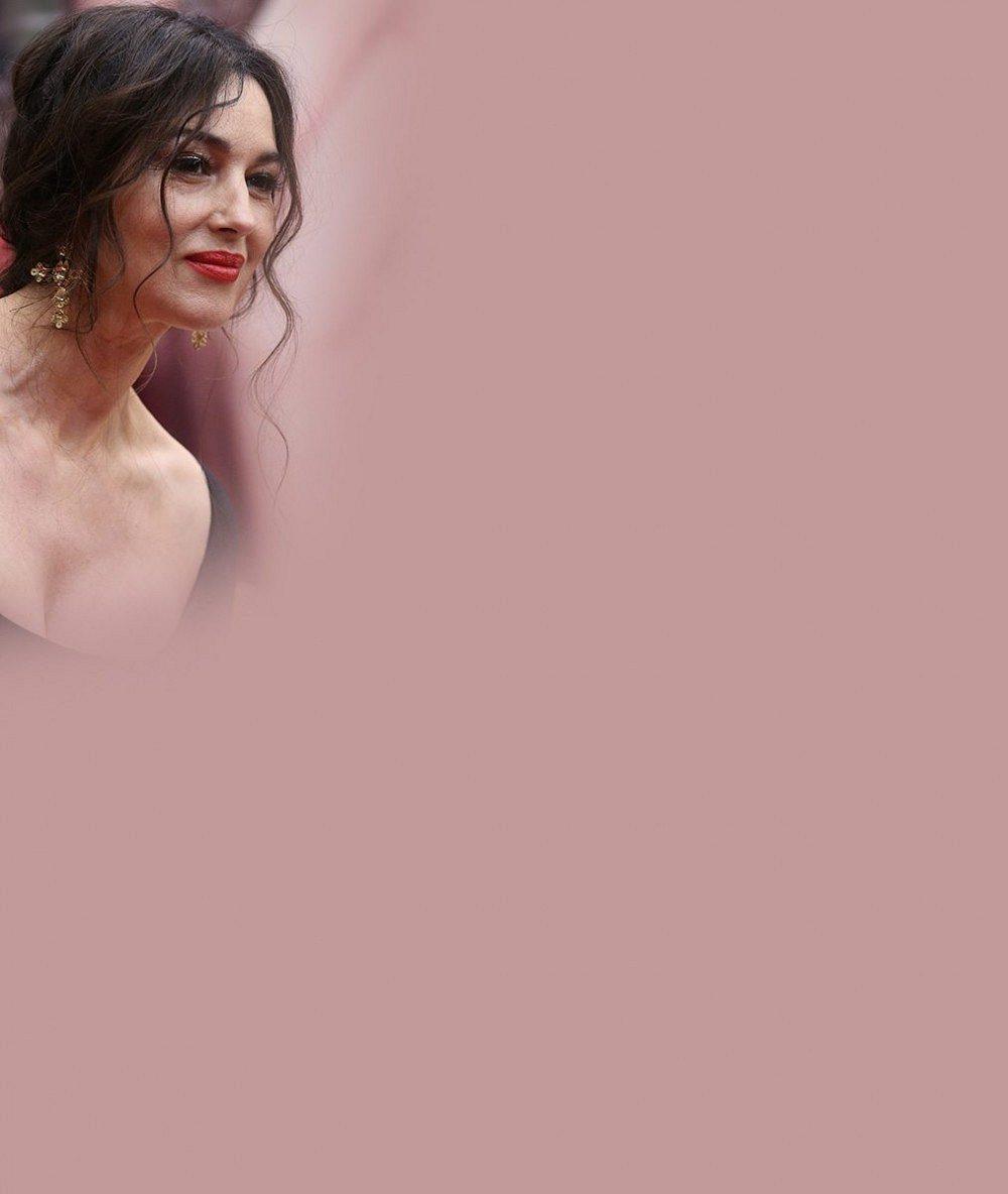 Božská Monica Bellucci je na své vrásky hrdá a odmítá lifting: V reklamě ji přitom úplně vyhladili! Tady je rozdíl
