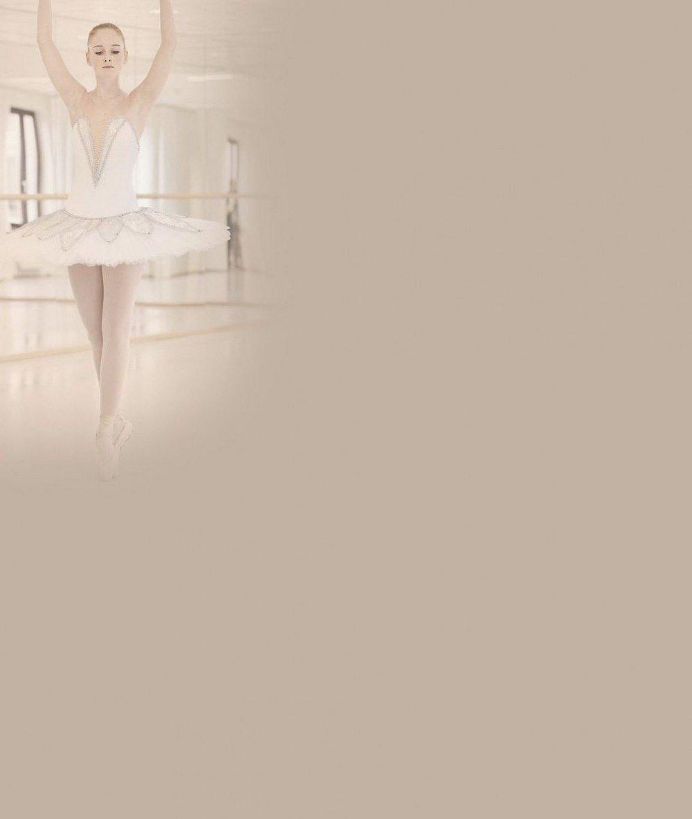 Dcera známého muzikanta si plní svůj dětský sen: Díky Fantomovi opery se ve 22 letech stane baletkou
