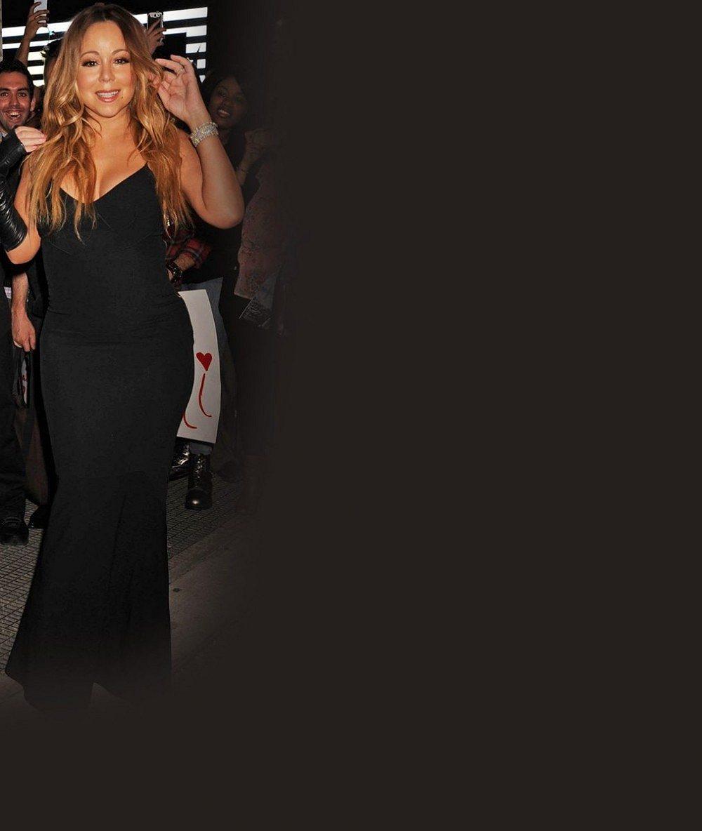 To je rozdíl, panečku! Mariah Carey je zase kulatější, ale na novém albu ze sebe udělala tyčku