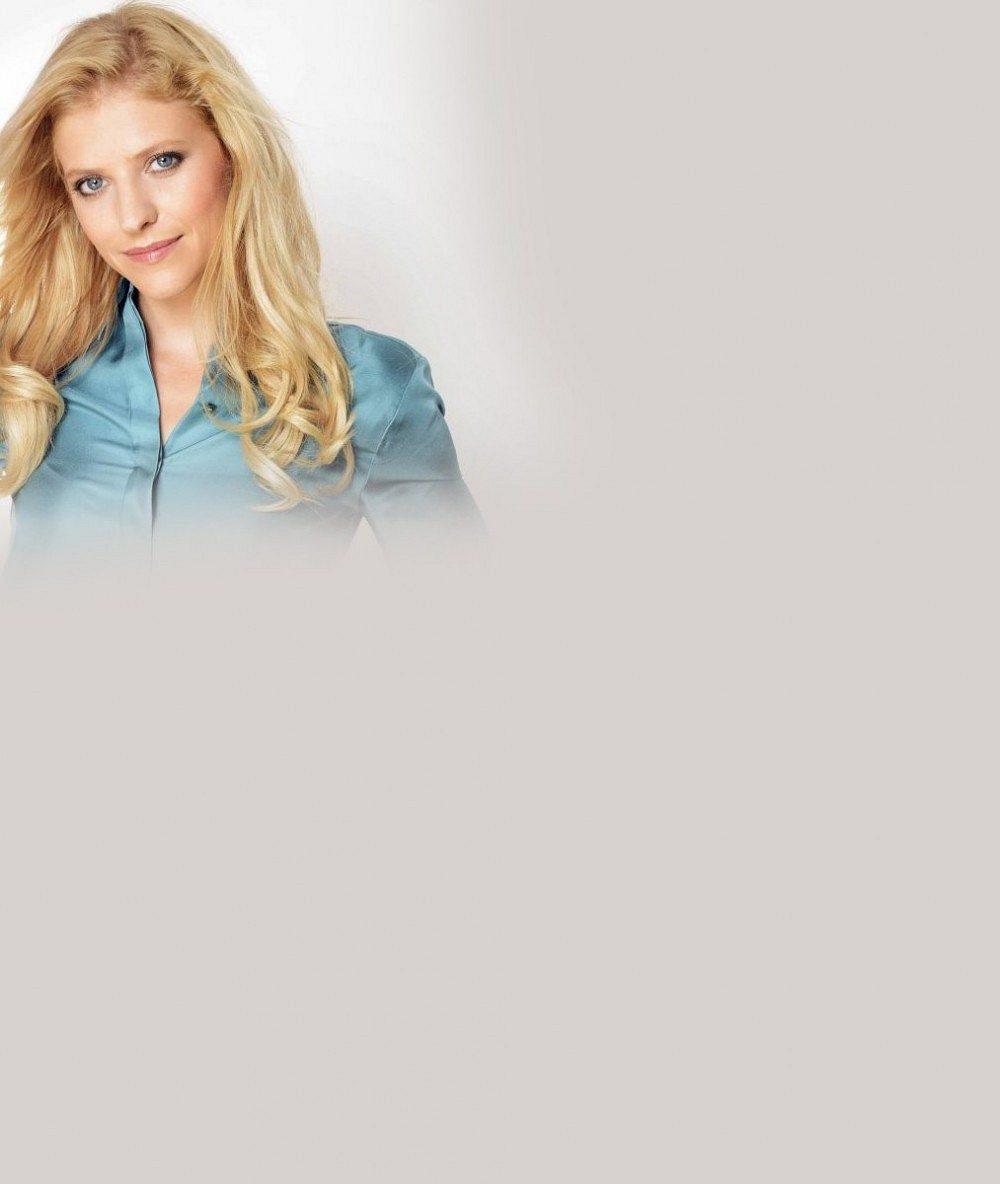 Uplynulo 20 roků a ona vypadá takhle: Roztomilá blondýnka z Nováků je krásná i jako 36letá máma