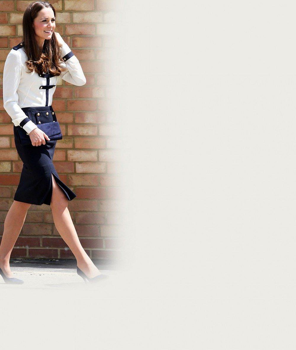 Vévodkyně Kate uchvátila kostýmkem ve stylu uniformy: Vypadala jako námořníkova žena