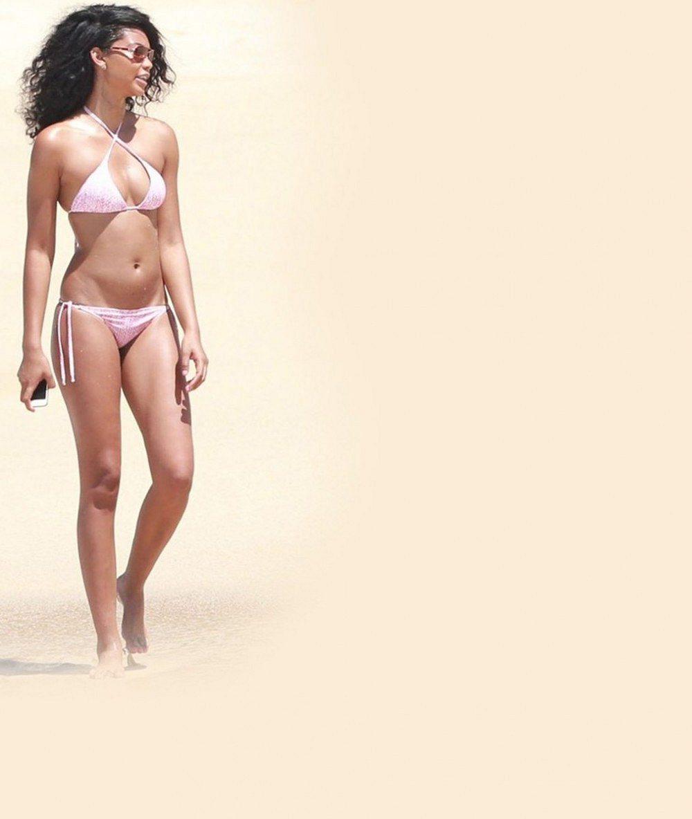 Zásadní nevýhoda kamarádění se s modelkou? Nesmíte s ní na pláž