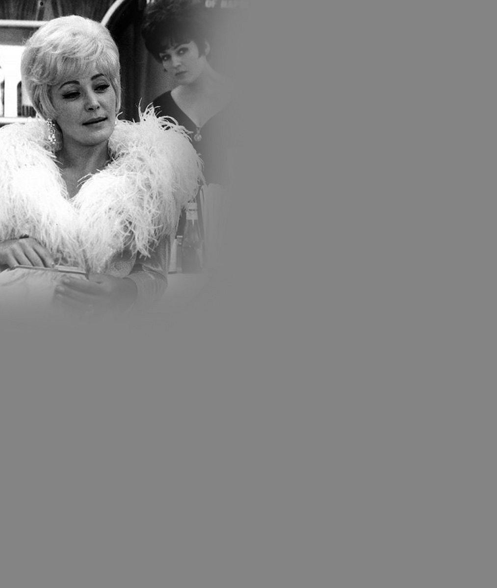 Legendární Tornádo Lou odešla do hereckého nebe: Květa Fialová podlehla dlouhé nemoci