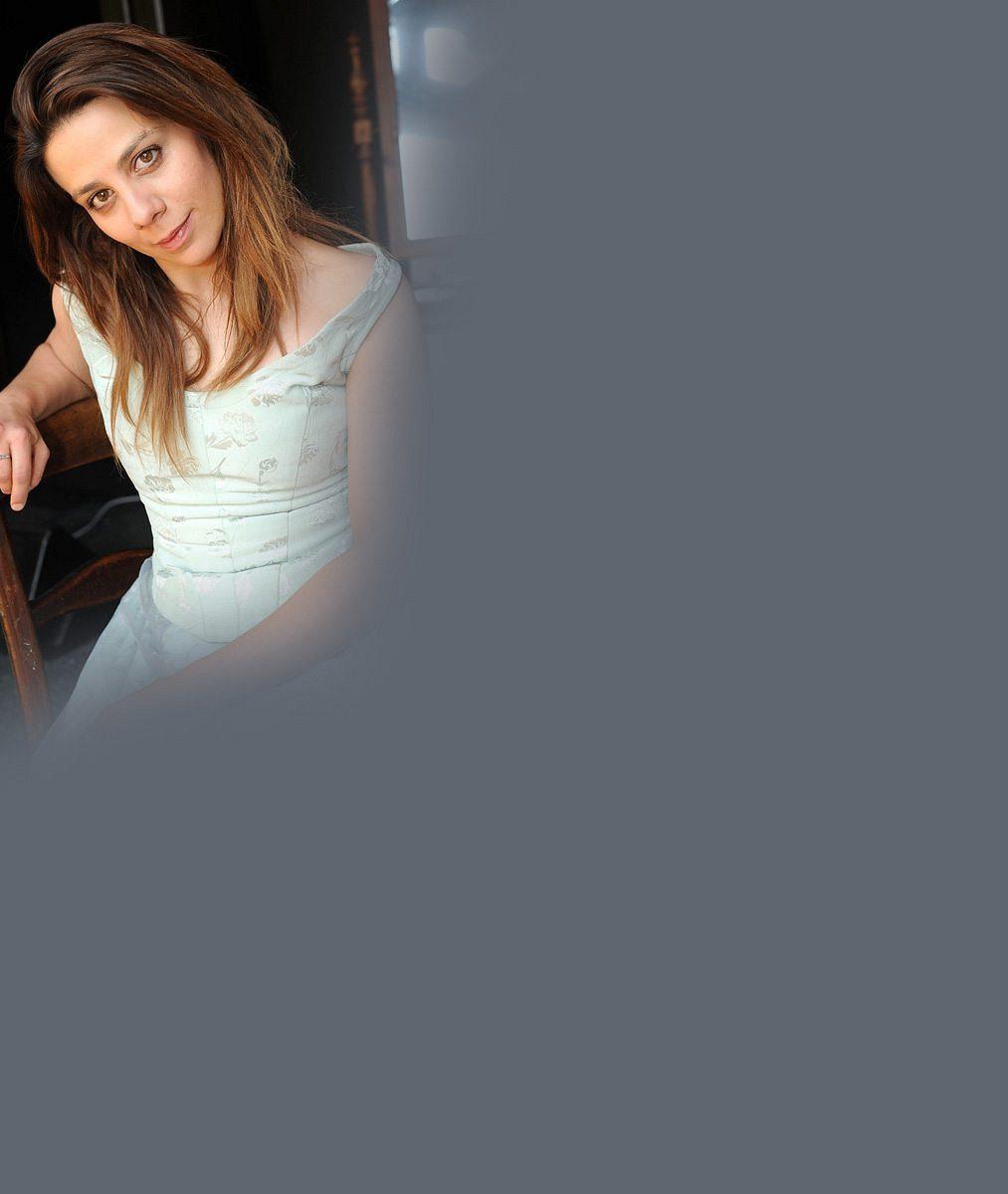 Krátké vlasy, vhadrech anenalíčená: Aneta Langerová poprvé ve filmu. Hraje lesbickou ruskou básnířku
