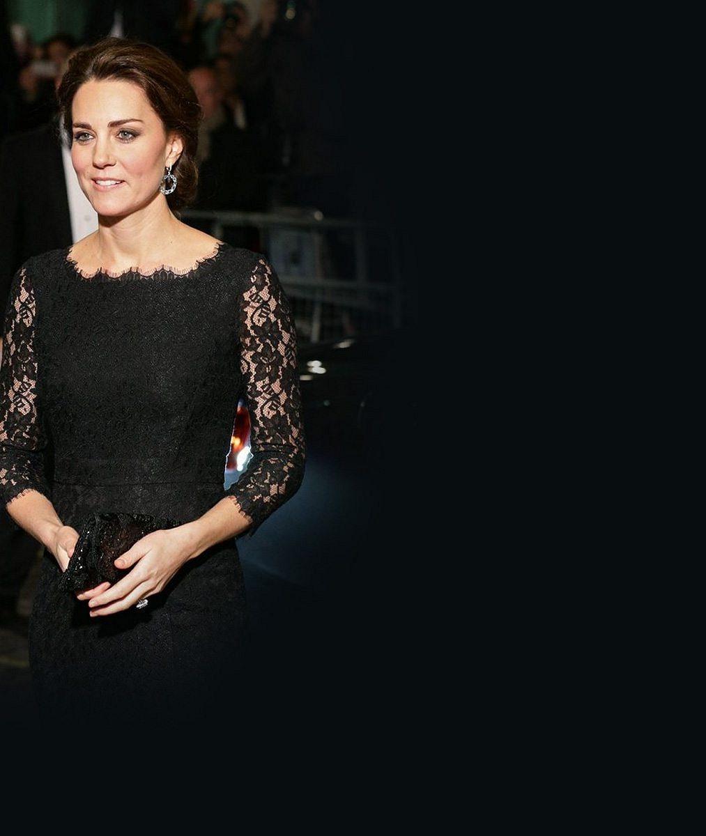 Vévodkyně Kate těhotenstvím ještě více zkrásněla: V šatech z černé krajky byla hvězdou večera