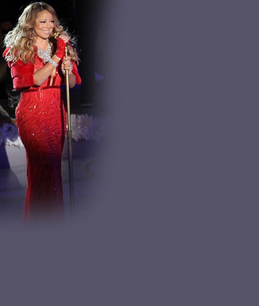 IEwa Farna je oproti ní jako laňka: Mariah Carey narostla vrudých šatech do proporcí slonice