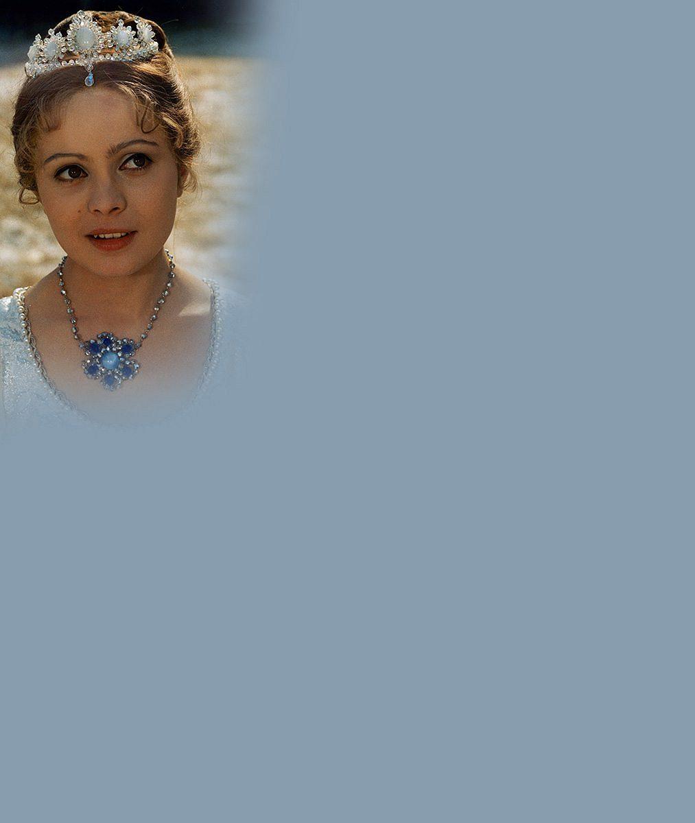 5nejoblíbenějších pohádkových princezen: Jak dnes vypadají vánoční stálice Krasomila, Popelka aLada?