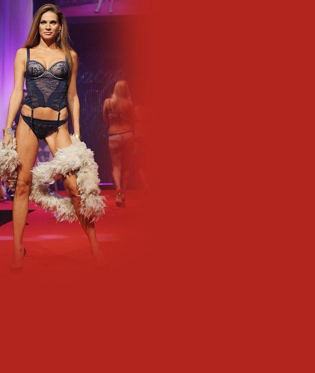 Nekonečně dlouhé sexy nohy a postava snů: Andrea Verešová je v bikinách dokonalost sama