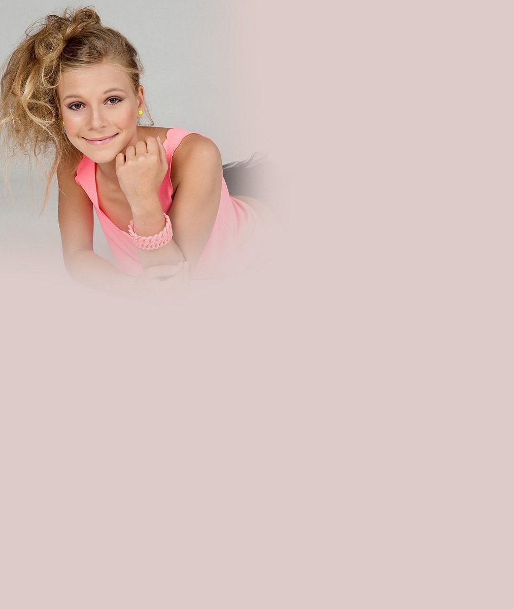 Nová Lucka Vondráčková? Tahle dívčinka (13), kterou znáte z Ulice, zpívá, hraje a má velké plány