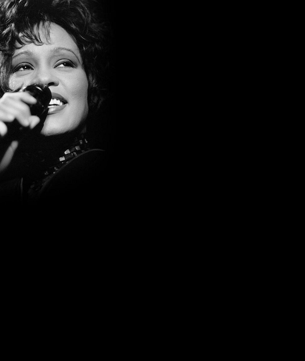 Dceru Whitney Houston prý zítra odpojí od přístrojů. Zemřela by ve stejný den jako matka