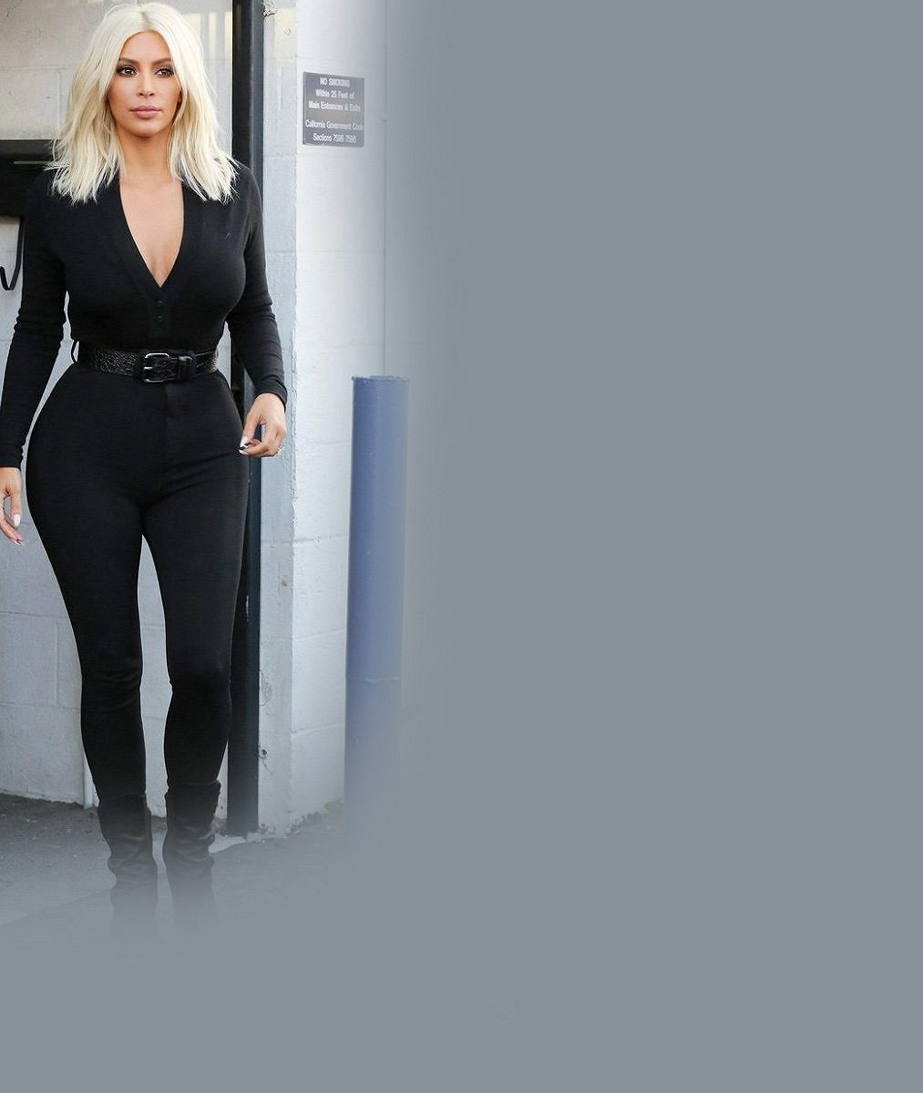 Spustí Kim v rodině lavinu odbarvování? Takhle by jako blondýny vypadaly všechny Kardashianky