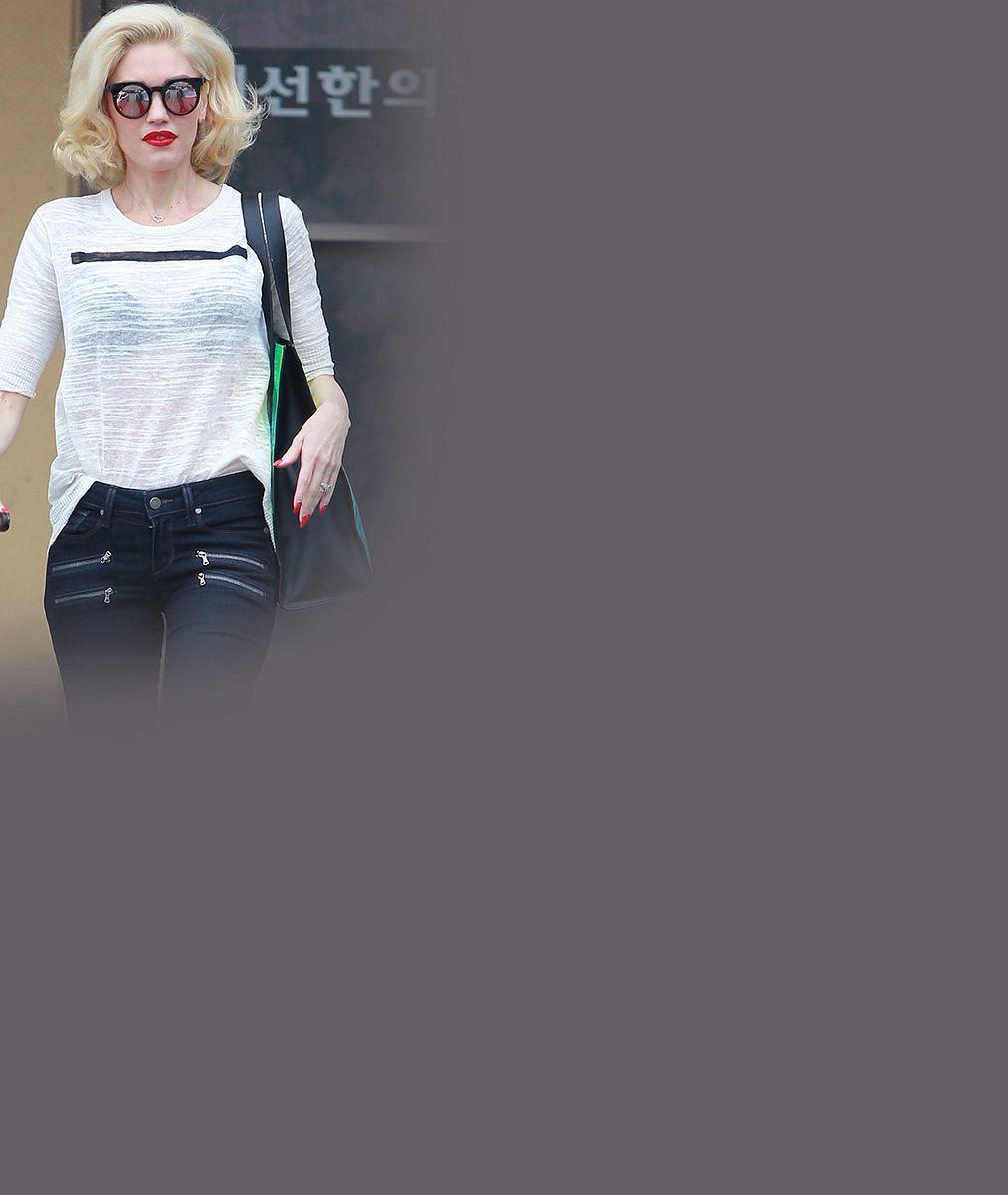 Kam až chce hubnout? Máma tří kluků Gwen Stefani (45) má nohy jako párátka