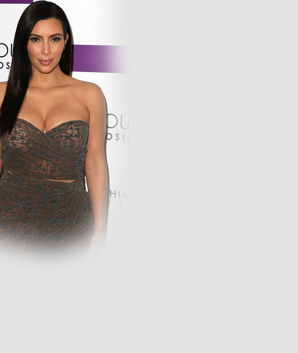 Kim Kardashian neponechává nic náhodě: Tyhle pikantní záběry mají zvýšit prodej její nové knihy
