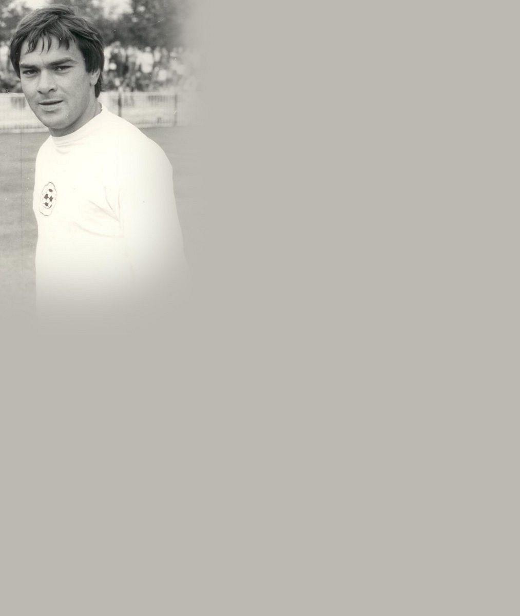 Poznáte kluka na fotce? Do hereckého nebe odešel před třiceti lety (✝38) po transplantaci dvou důležitých orgánů