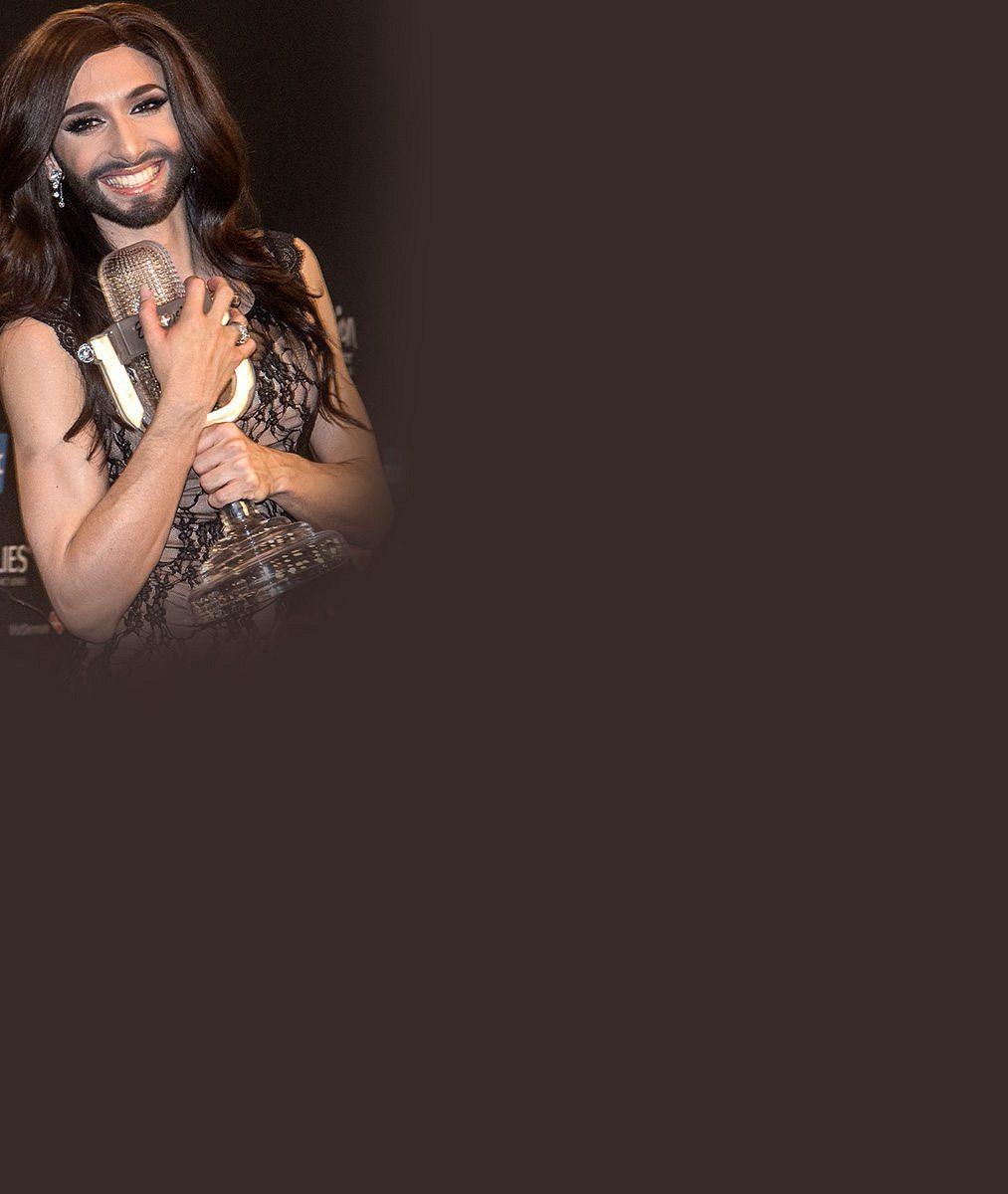 Jak vypadá vousatá zpěvačka Conchita bez šatů? Foto ze sprchy nahání spíš hrůzu