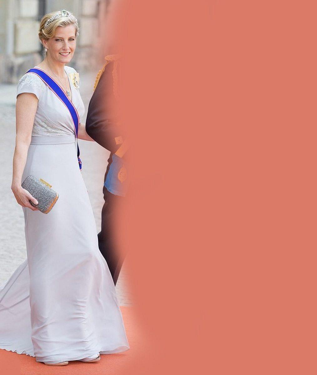 Nevídaný úspěch: Manželka nejmladšího syna britské královny Alžběty II. oblékla šaty české návrhářky!