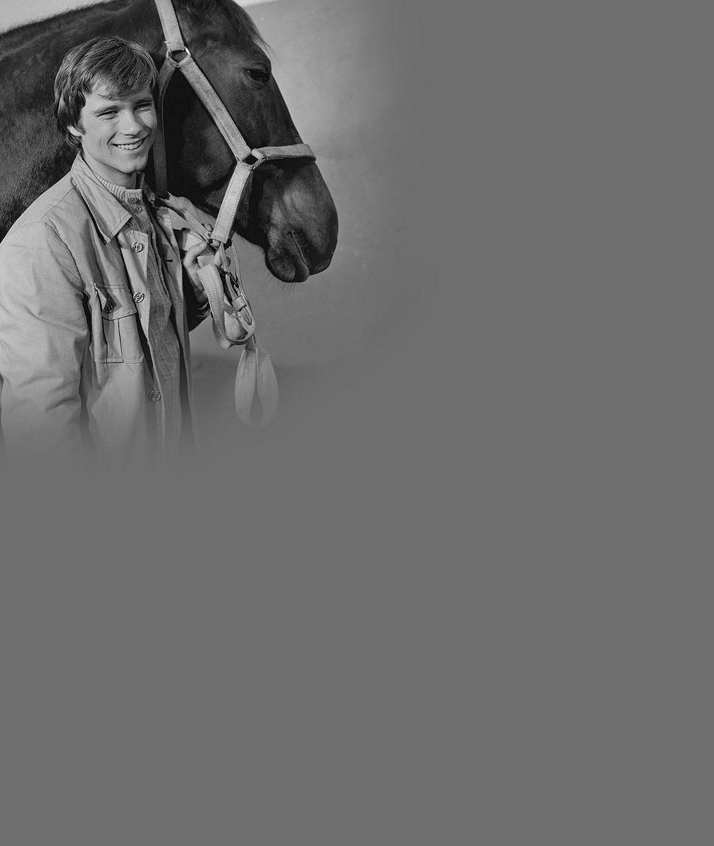 Byl to vážně kocour: Dvacetiletý Lukáš Vaculík na archivních fotkách
