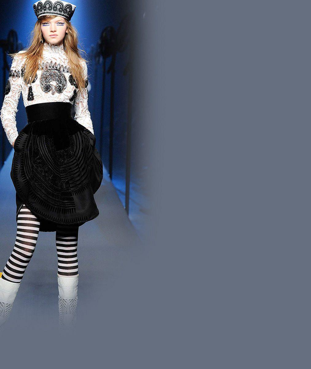 Česká Kate Moss musela kvůli modelingu přerušit školu. Zdá se, že se jí to vyplácí