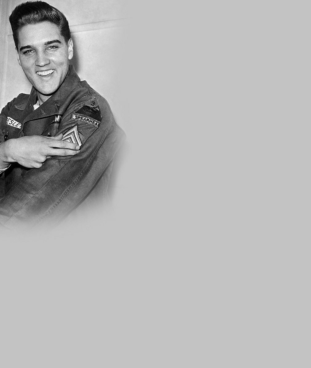 Smutný poslední pohled na krále Rock 'n' Rollu: Elvis Presley odešel na věčnost přesně před 38lety