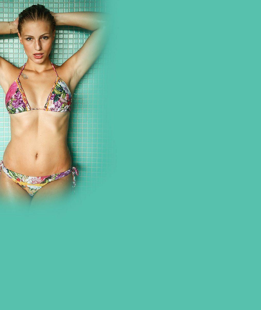 11 plavek, které na týdenní dovolené vystřídala třetí nejkrásnější Češka roku 2015: Takhle misska provokovala sexy tělem