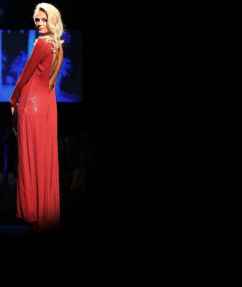 Od plínek na velký ples: Někdejší nejkrásnější žena planety se těší, že ze sebe udělá dámu
