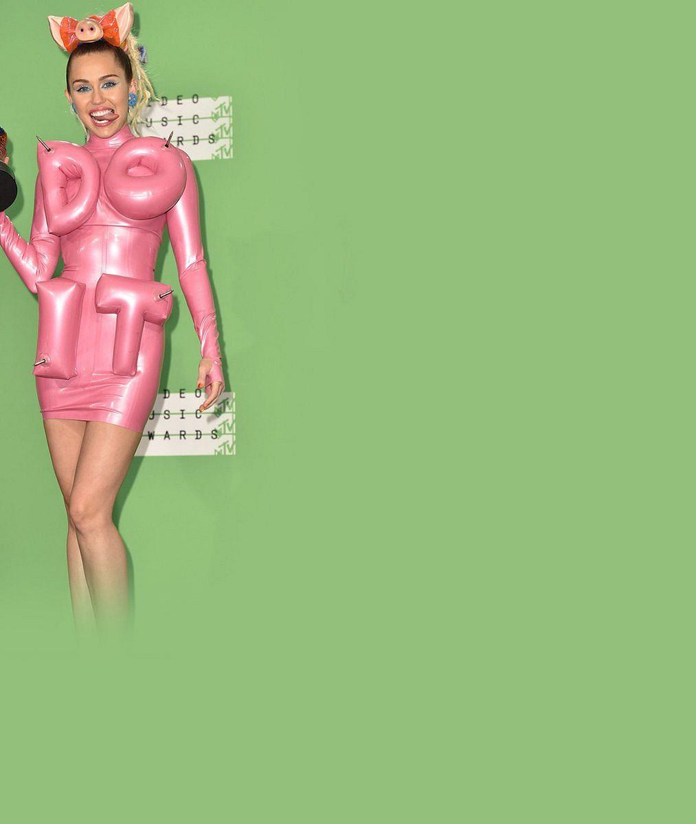 5 nejhanbatějších kostýmů Miley Cyrus z hudebních cen MTV. Vyberte ten nejšílenější!