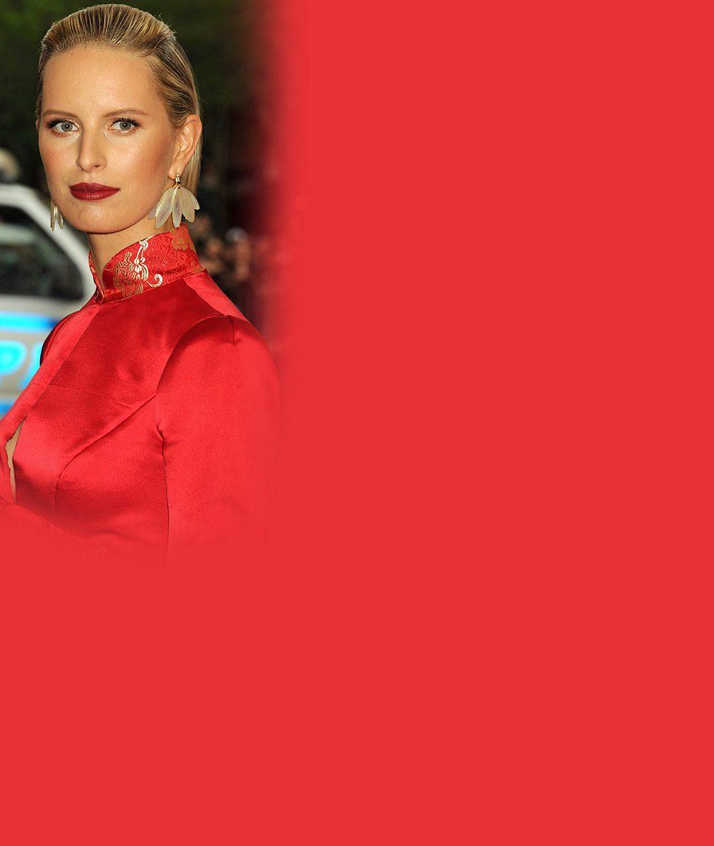 Poznáváte těhulku Karolínu Kurkovou? Nestihla make-up, ale ústa ji vždy prozradí