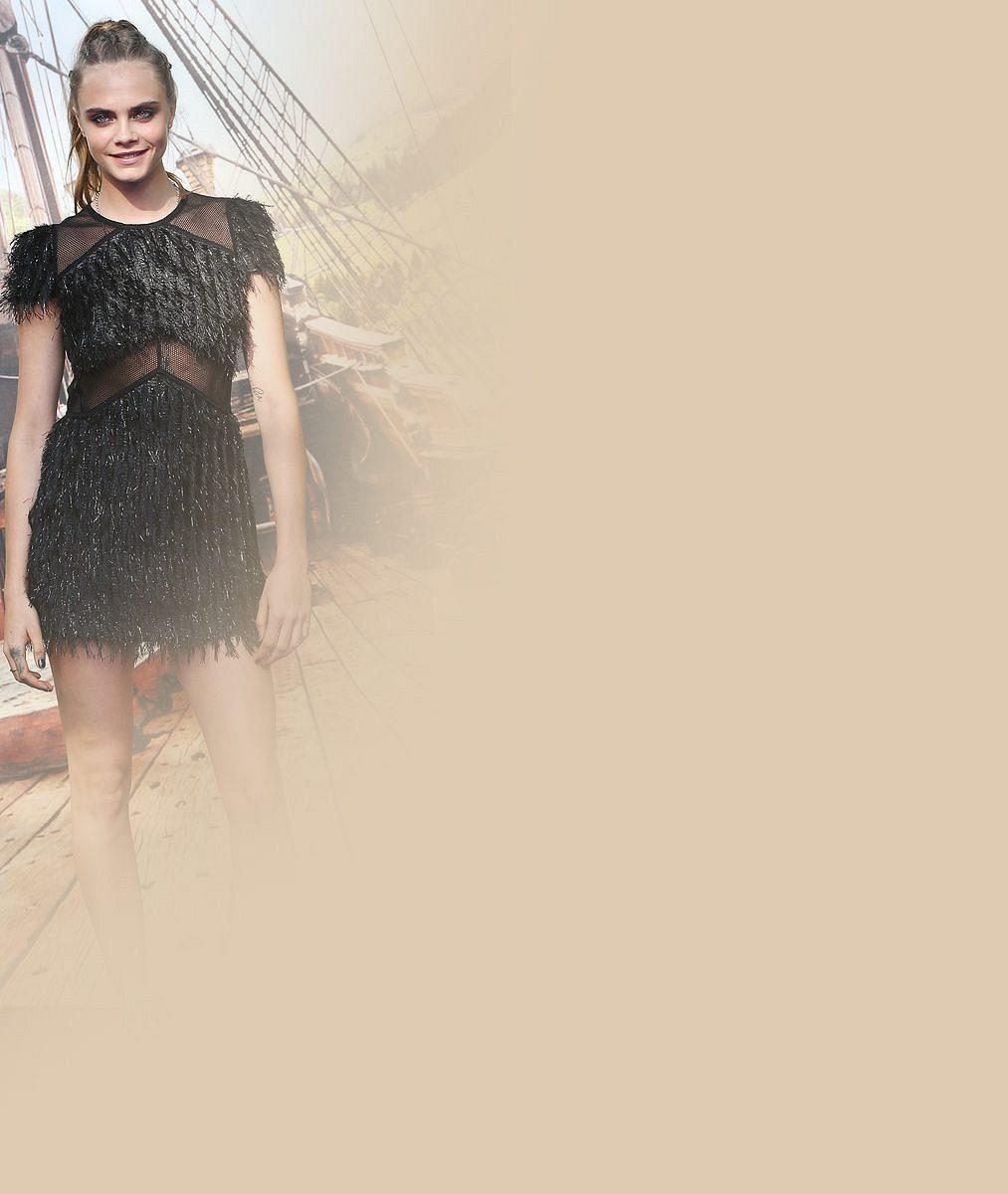 Cara vyšachovala Kate Moss z postu nejlépe placené britské modelky. Teď si to rozdaly v postelových fotkách