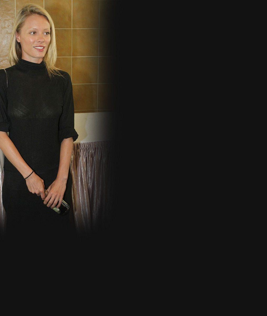 To tu ještě nebylo: Batulková hraje v seriálu se svojí největší sokyní v lásce Lindou Rybovou, která jí vyfoukla manžela!