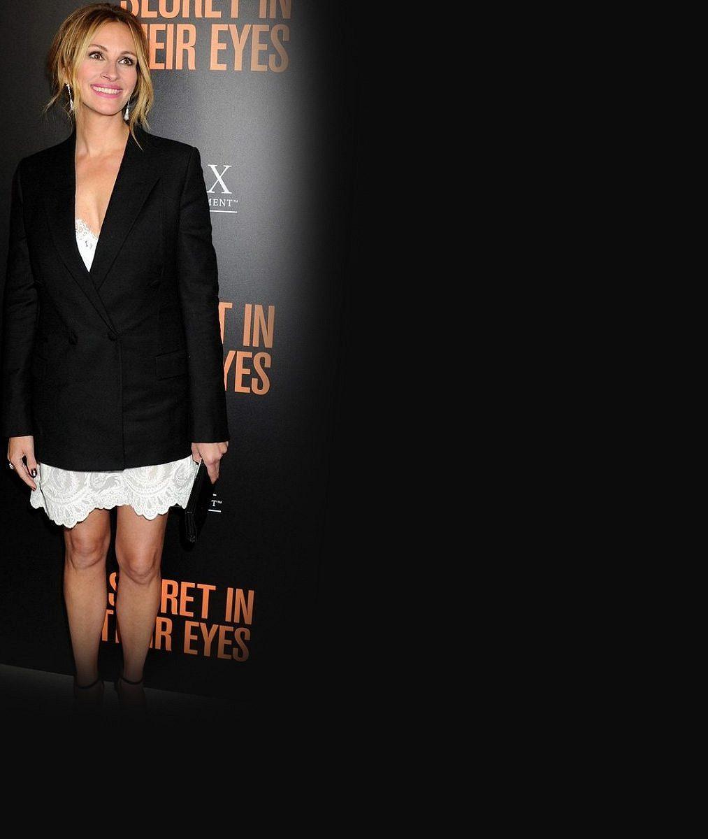 Chyběla vám Julia Roberts? Nestárnoucí herečka ukázala své výstavní nožky