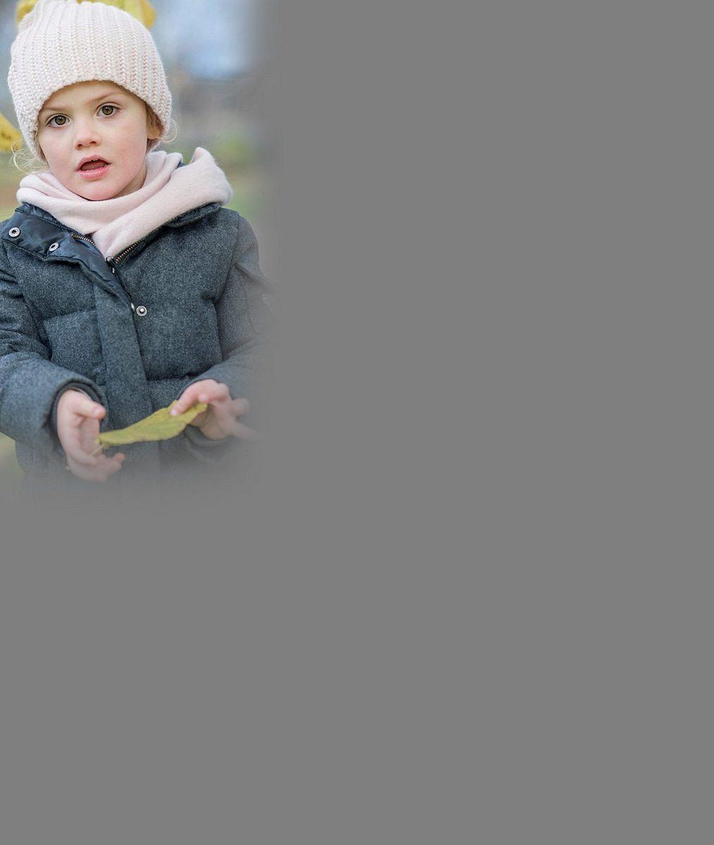 I ve Švédsku mají svůj poklad: Princeznička Estelle může roztomilostí konkurovat britské Charlotte