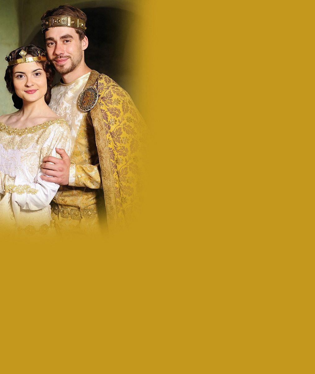 Na Štědrý den všem vleze do obýváků jako krásná princezna: Jak tráví svátky půvabná herečka?