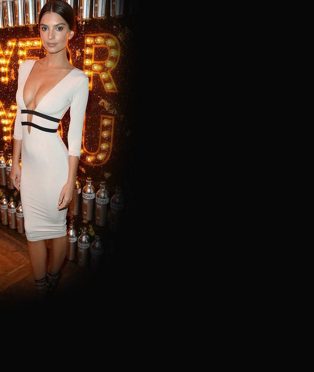Tady nedostatky nenajdete: Obdivovaná herečka vystavila své božské tělíčko vbikinách