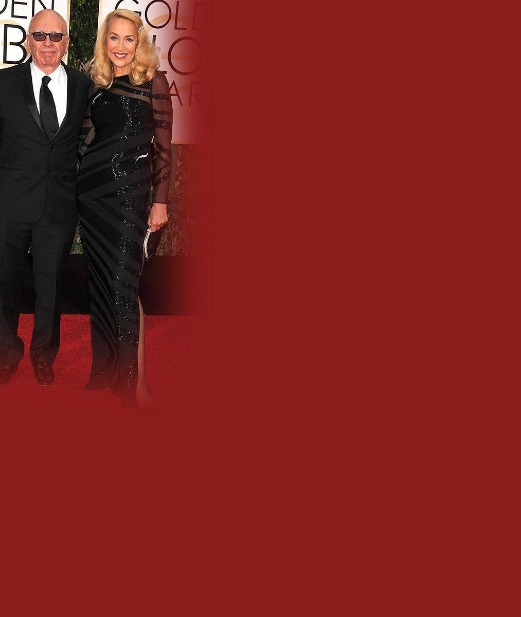 Tenhle diamant se pronese: Jerry Hall (59) poprvé ukázala zásnubní skvost od miliardáře Murdocha (84)