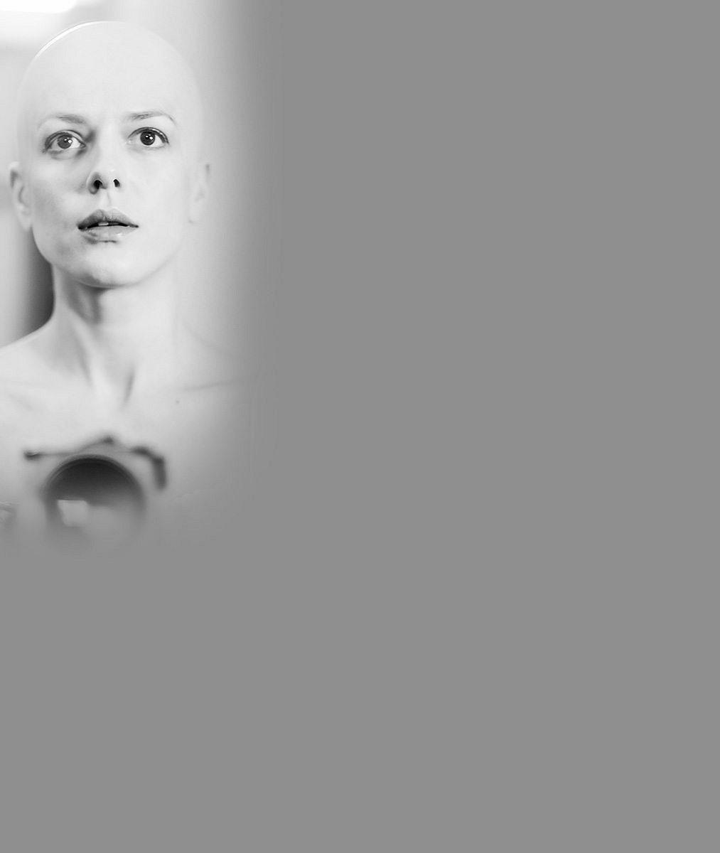 Kam se poděla její nádherná hříva? Víme, proč skončila hvězda českých seriálů plešatá