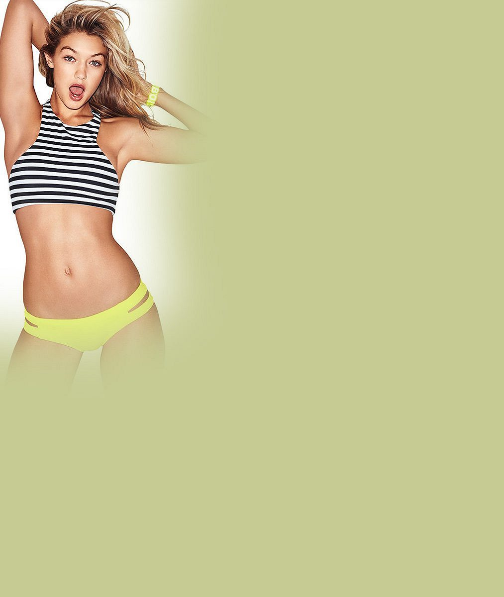 Vkampaních na plavky ji musí celou retušovat: Známá modelka je jinak samá piha