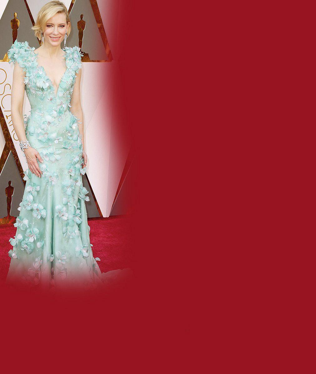 Nejúchvatnější róby z Oscarů: Charlize s výstřihem k pupíku, mořská panna Cate a zlatá soška Margot