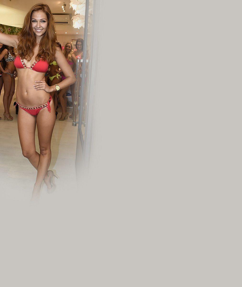 Krásná brunetka, kterou proslavila noc u Jágra, změnila image: Jak se vám líbí se světlými vlasy?