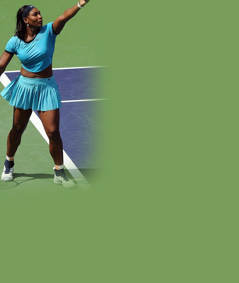 Kdo je ten týpek vplavkách snalakovanými nehty? Serena Williams…