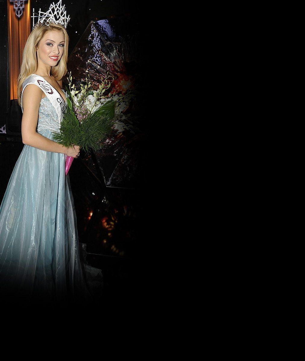 Česká Miss Earth Kristýna Kubíčková přichází o vlasy: Skončí na ježka?